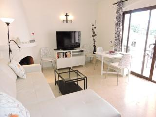 NV.PO106A: Apartment for sale in El Capistrano Village.