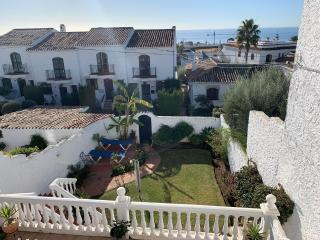 NV.LI55: Villa for sale in NERJA VILLAS CAPISTRANO.
