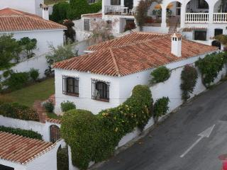 NV.LO06: TWO BEDROOM VILLA. for sale in NERJA VILLAS CAPISTRANO.