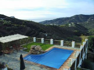 NV.BER.FRI: Villa with private pool for sale in .